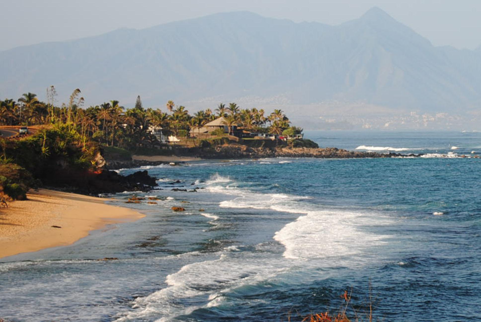 Maui Coastline near Haiku - At the beginning of the Hana Highway